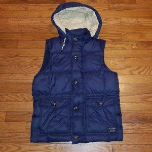 Abercrombie and Fitch Hooded Down Puffer Vest 🔥